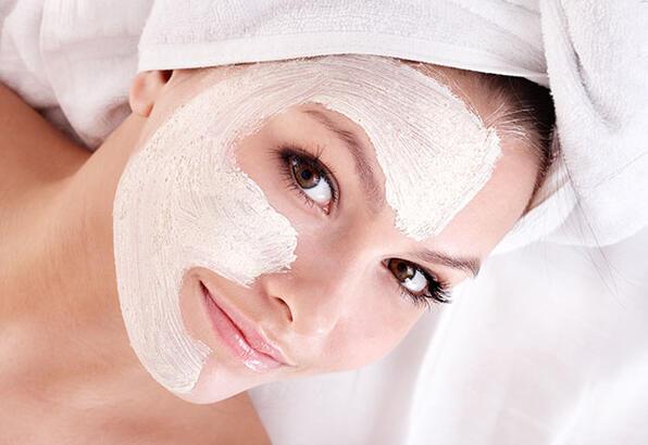 yağlı ciltler için yoğurt maskesi
