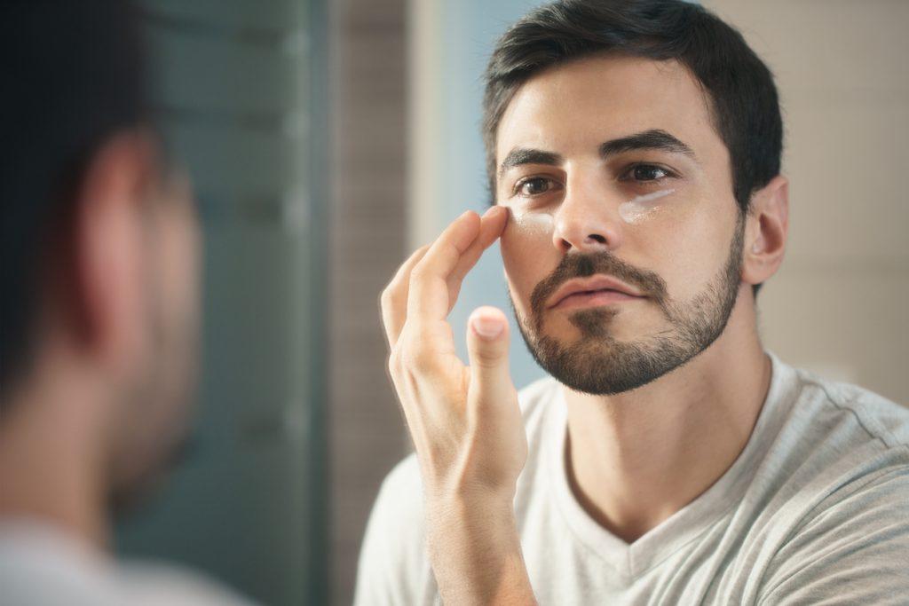 erkekler için yüz bakımı