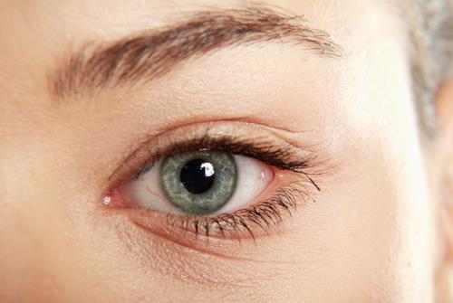 göz altı kırışıklıkları nasıl geçer