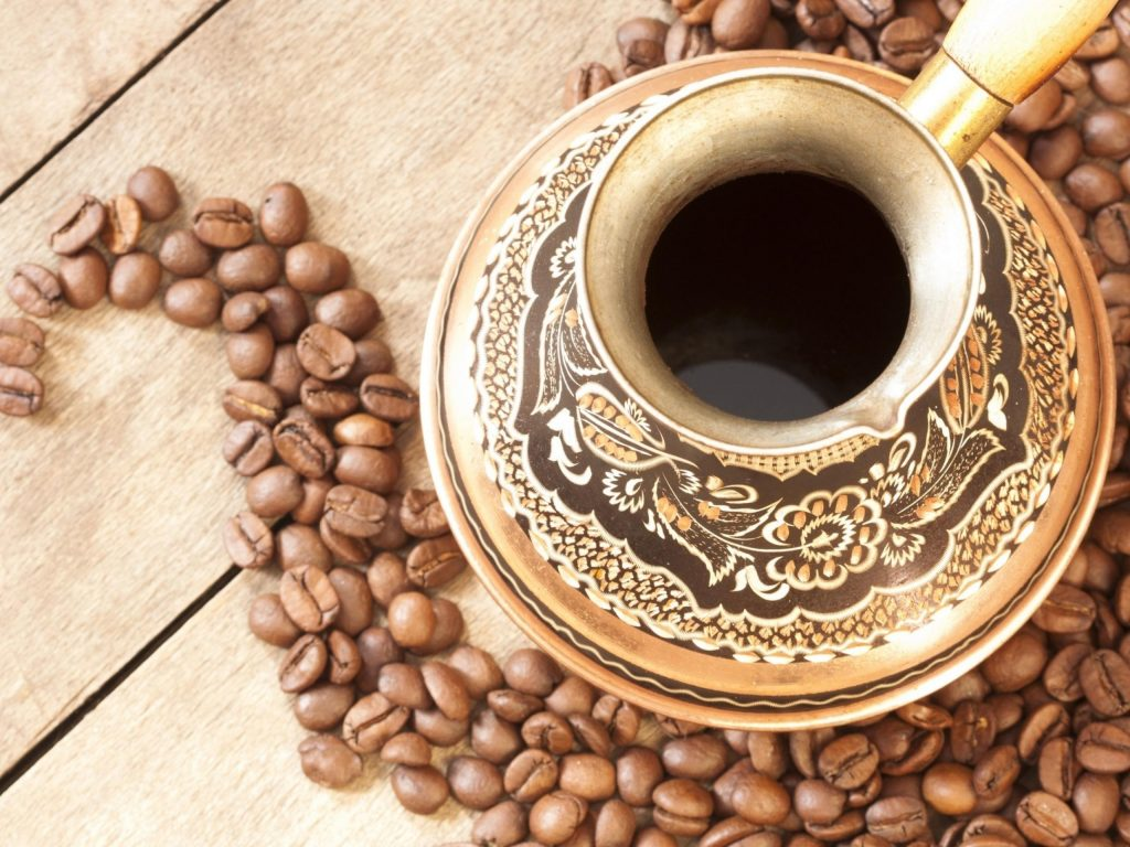 türk kahvesiyle maske yapımı