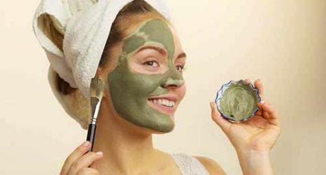 Yağlı Ciltler İçin Maske